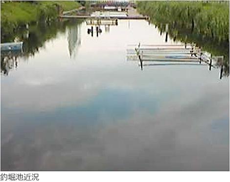 釣堀池のアオコ対策と水質改善